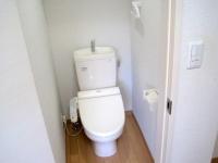 温水洗浄便座付トイレ、バストイレ別