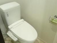 温水洗浄便座付トイレ