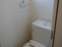 窓あり 温水洗浄便座付トイレ