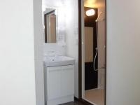 独立洗面、浴室