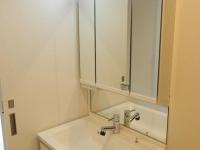 独立洗面 三面鏡