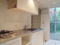 収納スペースたっぷりキッチン2口ガスコンロ付