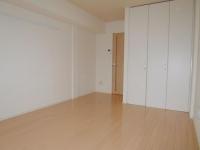洋室Closet側