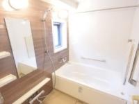 浴室乾燥機付き.窓あり浴室