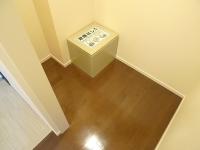 玄関脇 サービスルーム 1.2帖