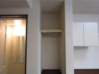 シャワールーム.収納スペース