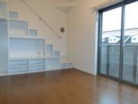 洋室 収納棚 ロフト用階段