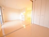 洋室から見たLDK、closet
