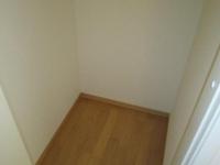)収納スペース(2F階段脇