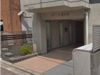 Entrance.敷地内ゴミ置き場