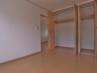 洋室.収納スペース