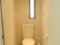 小窓ありトイレ