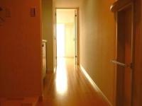 玄関から室内