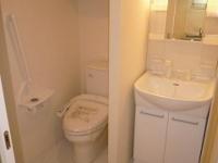 独立洗面台.シャワー付トイレ