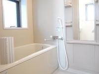 窓あり.浴室乾燥機付き