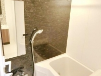 浴室乾燥機付きバスルーム